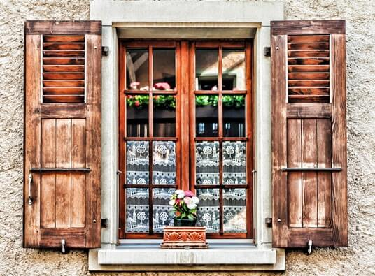 4 tips for choosing the right window shutters - Choosing the right window size ...